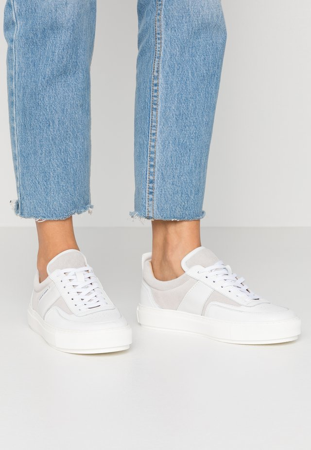 SALI - Trainers - white