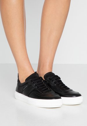 SALI - Trainers - black