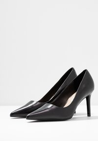 Tiger of Sweden - XERO - Classic heels - black - 4