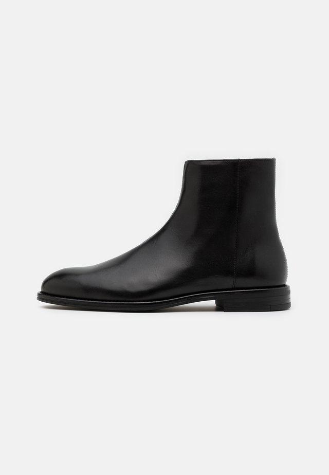 MACK - Støvletter - black
