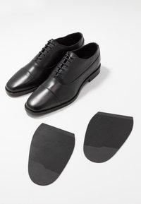 Tiger of Sweden - SINTER - Zapatos con cordones - black - 5