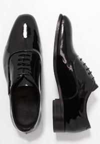 Tiger of Sweden - SINATE  - Elegantní šněrovací boty - black - 1