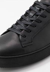 Tiger of Sweden - SALAS - Sneakers laag - black - 5