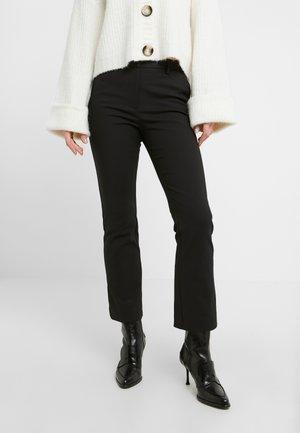 NOORA - Pantaloni - black