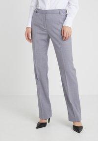 Tiger of Sweden - YULIA  - Spodnie materiałowe - soft lavender - 0