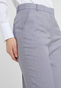 Tiger of Sweden - YULIA  - Spodnie materiałowe - soft lavender - 5