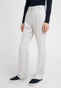 Tiger of Sweden - HOLLEN  - Trousers - white - 0