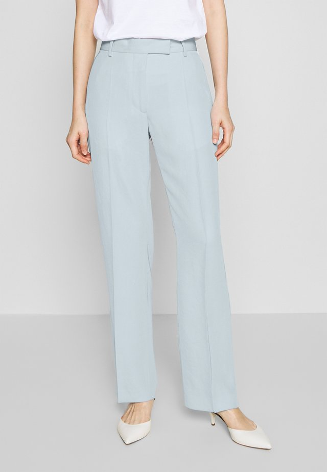URSINIA - Spodnie materiałowe - cloud blue