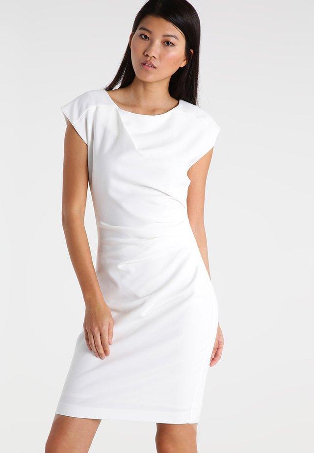 Sukienka etui - white