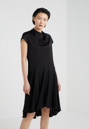 SCENCE - Denní šaty - black