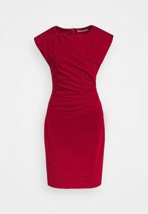 MISTRETCH - Vestido de tubo - moon red