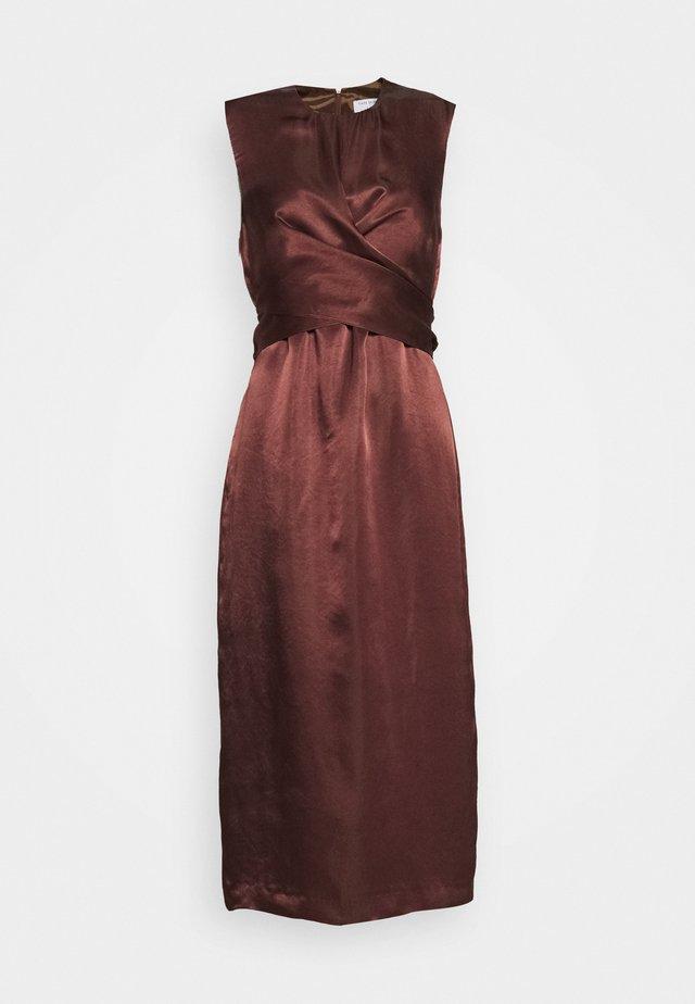 YSABELLE - Koktejlové šaty/ šaty na párty - sable brown