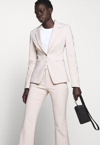 Tiger of Sweden - MIRJA - Blazer - ivory - 4