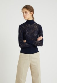 Tiger of Sweden - CLASSY - Sweter - midnight blue - 0