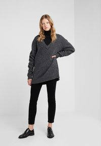 Tiger of Sweden - MOONFLOW - Strickpullover - dark grey melange - 1