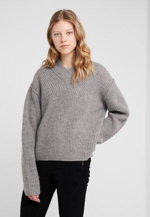 LAMBRUSCO - Stickad tröja - nut