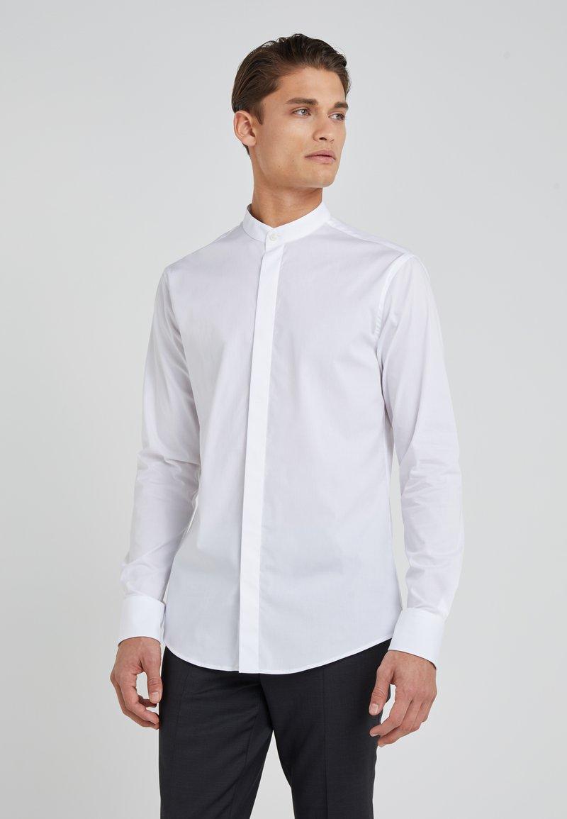 Tiger of Sweden - FORWARD SLIM FIT - Shirt - white