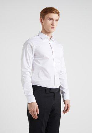 FILBRODIE EXTRA SLIM FIT - Formal shirt - white
