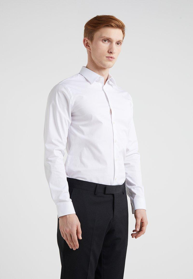 Tiger of Sweden - FILBRODIE EXTRA SLIM FIT - Formal shirt - white