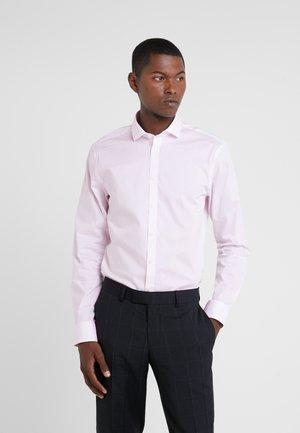 FILLIAM SLIM FIT - Camicia elegante - pale rose