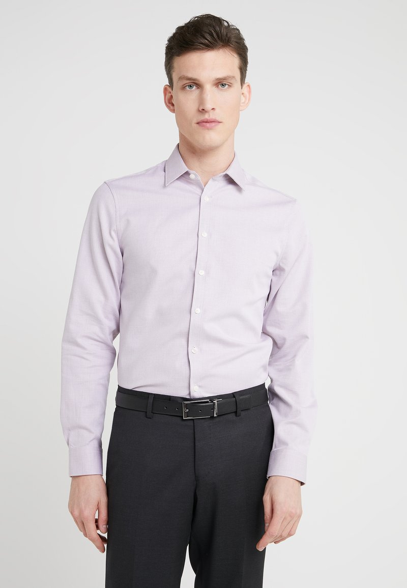 Tiger of Sweden - FERENE SLIM FIT - Formal shirt - bordaux