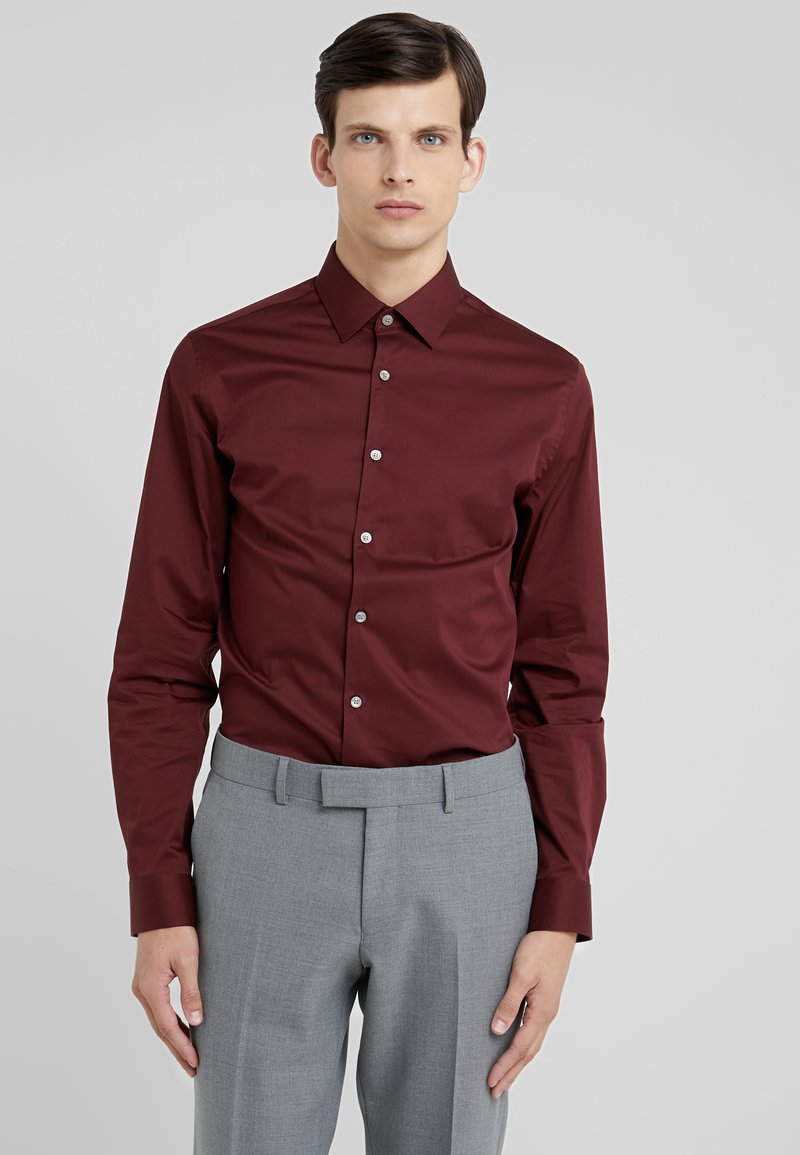Tiger of Sweden - FILBRODIE EXTRA SLIM FIT - Camisa elegante - regal red bordeaux