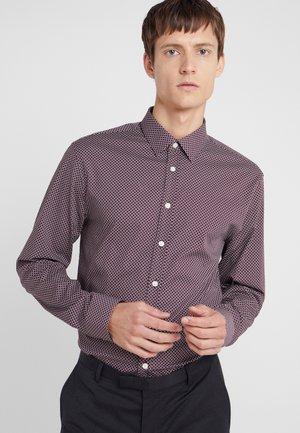 FERENE SLIM FIT  - Shirt - regal red