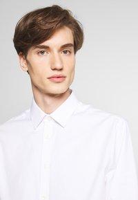 Tiger of Sweden - FERENE - Formal shirt - white - 3