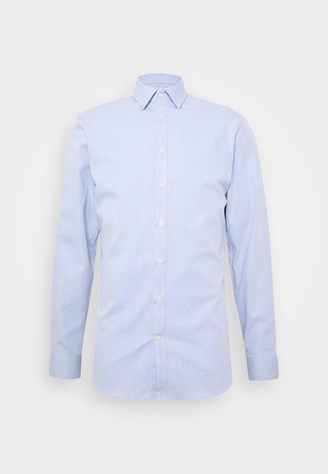 FERENE - Kostymskjorta - blue