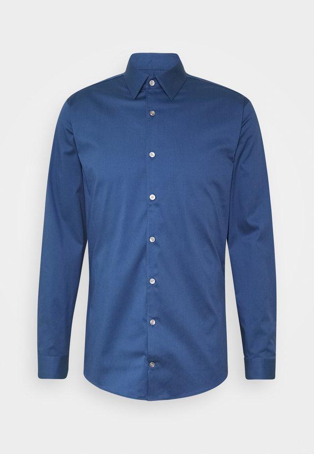 FILBRODIE - Kostymskjorta - garage blue