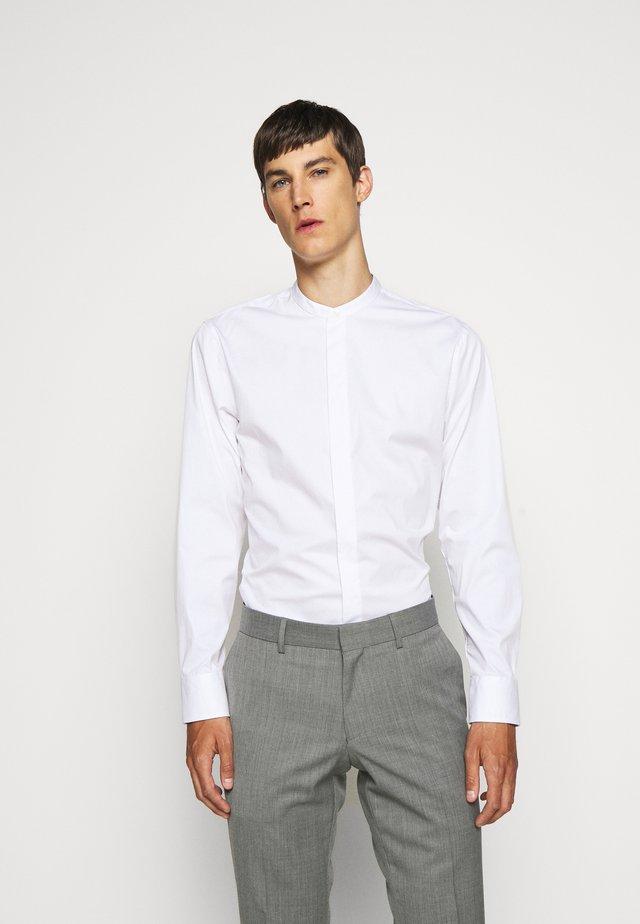 FORWARD - Zakelijk overhemd - pure white