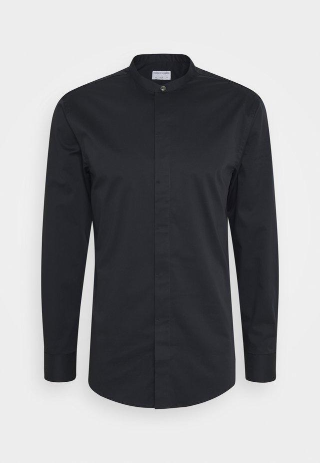 FORWARD - Zakelijk overhemd - black