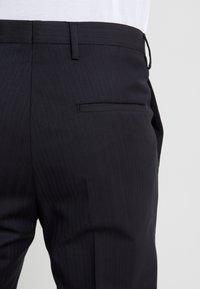 Tiger of Sweden - TODD - Oblekové kalhoty - midnight blue - 5