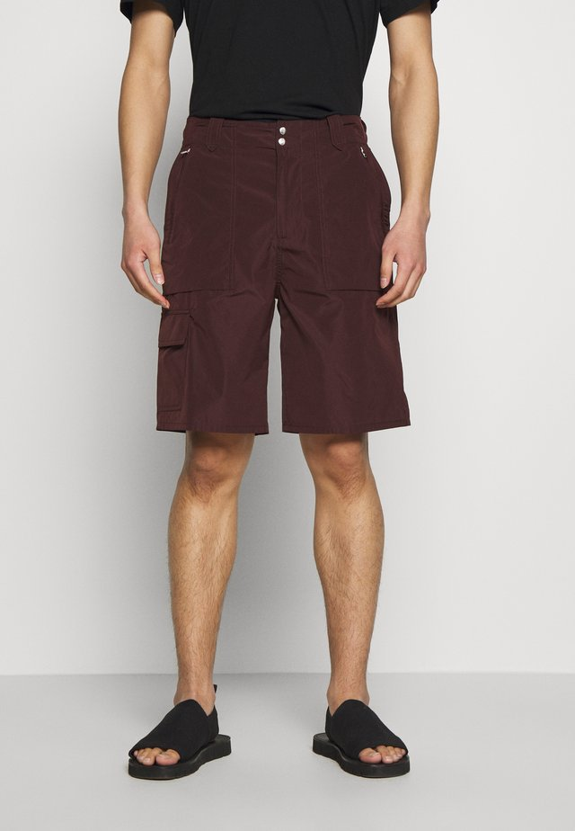 TRAIL - Shortsit - burgundy