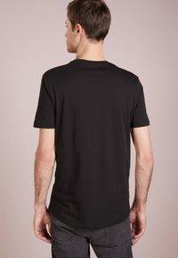 Tiger of Sweden - LEGACY - T-shirt basique - black - 2
