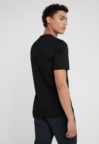 Tiger of Sweden - DIDELOT - T-shirt basic - black - 2