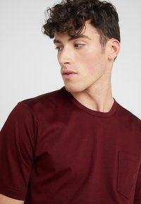 Tiger of Sweden - DIDELOT - T-shirt basic - regal red - 3
