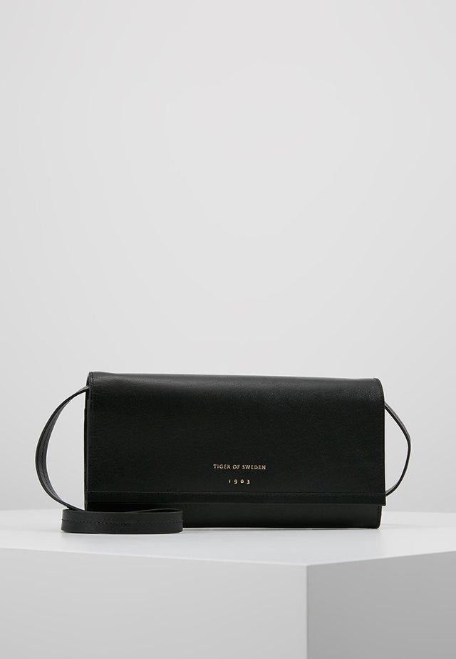 BOCCIATI - Across body bag - black