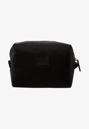 NEVE - Wash bag - black