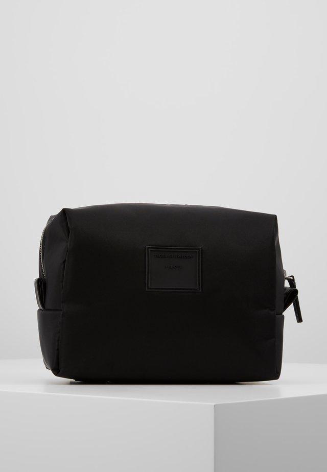 NEVE - Toiletti-/meikkilaukku - black