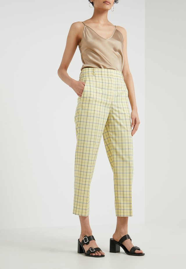 MARVEL PLAIT SUITING PANTS - Stoffhose - yellow