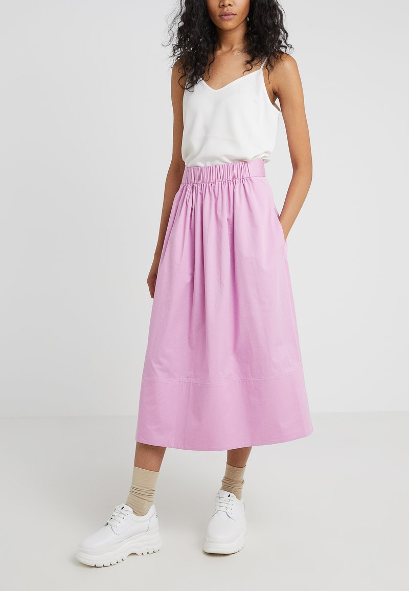 Tibi - SMOCKED WAISTBAND - Gonna a campana - pink