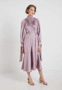 Tibi - MENDINI EDWARDIAN DRESS - Vestito estivo - lavender grey - 0
