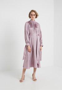 Tibi - MENDINI EDWARDIAN DRESS - Vestito estivo - lavender grey - 1