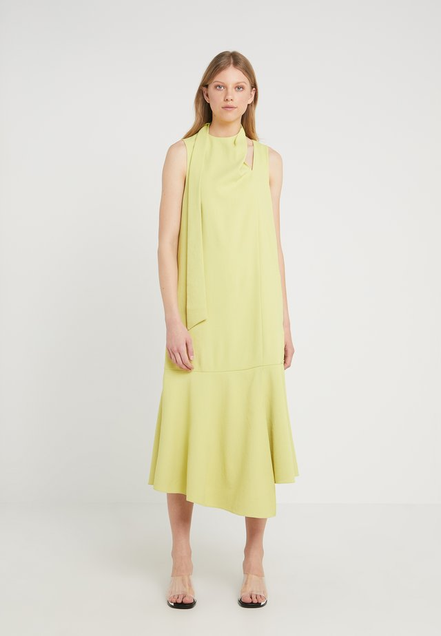 CHALKY DRAPE PLEAT NECK DRESS - Denní šaty - xanthe yellow