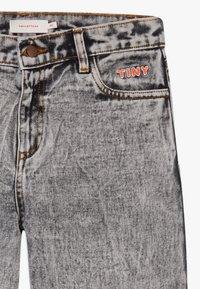 TINYCOTTONS - TINY BAGGY  - Straight leg jeans - snowy black - 2