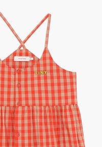 TINYCOTTONS - TINY VICHY - Košilové šaty - red/light pink - 3