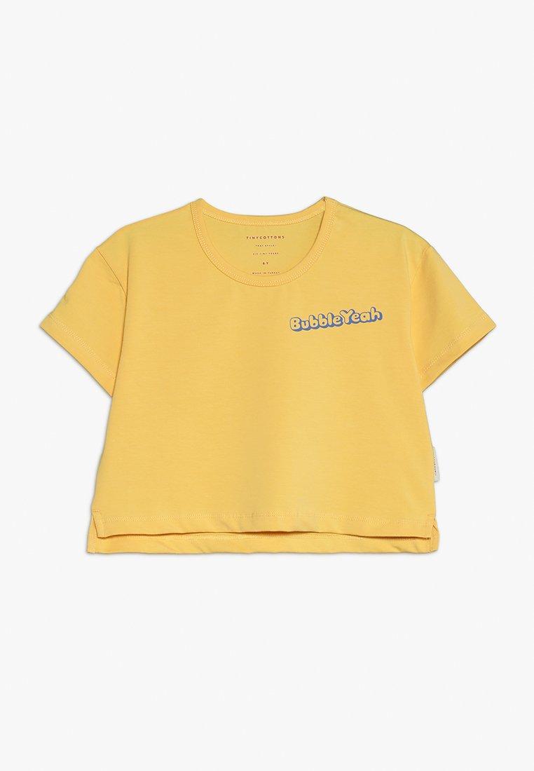TINYCOTTONS - BUBBLE YEAH CROP TEE - Print T-shirt - canary/ultramarine