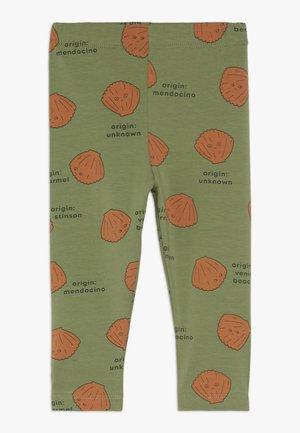 SHELLS PANT - Legging - green wood/brown
