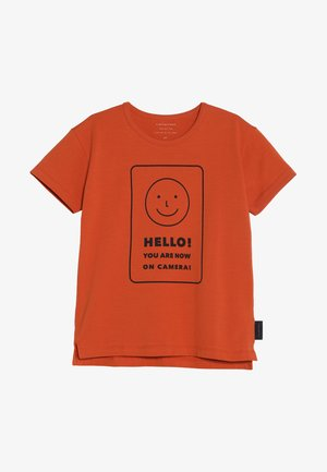 SMILE TEE - Camiseta estampada - sienna/navy
